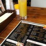 68878561 - オレンジジュース。アルコールが充実してます。