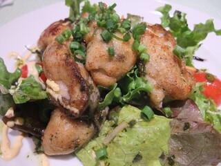 ビストロ インコントロ - 牡蠣のムニエルサラダ+400円