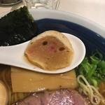 らー麺 山さわ - 麩