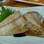 大衆酒場 亀屋 - 鯖の塩焼き