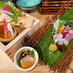 鮮魚と炉端焼き 魚丸 - お造り社長盛り(900円)
