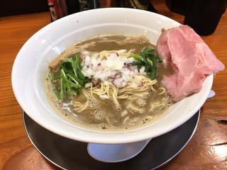 煮干し豚骨らーめん専門店 六郷 - 濃厚煮干し豚骨780円