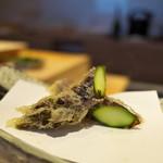 にい留 - 紫アスパラ。生まれて初めて食する。極太。