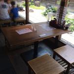 だしと麺 - テーブル席ヽ( ^ω.^ )/