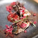 スパイスカフェ - 料理写真:2017.6 伊藤:鯖とビーツのサラダ