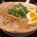 熟成細麺 宝屋 - チャーシュー麺大盛(12月22日)
