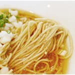 さんじ - 低加水の細麺。