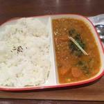シターラ・ダイナー - モーニングカレーライス(野菜)