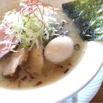 麺屋あした - 塩白湯麺に味玉トッピング!