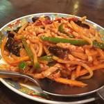 四川料理 食為鮮 - 四川風チンジャオロース