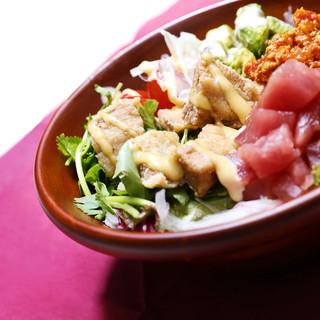 【ランチ】オススメマグロビュッフェ丼&2種類パスタ