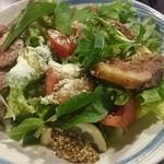 哲剣 - イチボのタリアータ サラダ仕立て