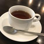 &Jeu - ランチセットの紅茶(お代わり自由)