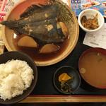 大阪満マル - カレイ定食 734円