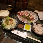 68912370 - 黒豚Mサイズ定食セット!