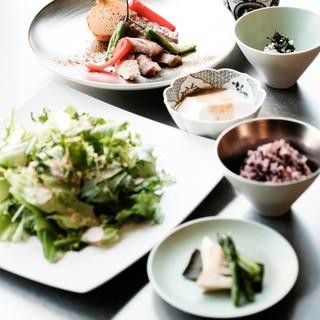 有田の「地のもの・美味いもの」に徹底的にこだわったランチ