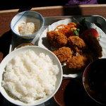 板橋食堂 - カキフライ定食