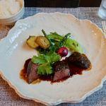 ビストロ いずの蔵 - 料理写真:伊豆鹿肉の炭火焼 黒胡椒の香り