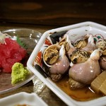 飲み喰い処 小やじ - つぶ貝の旨煮
