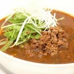 スポーティフ カフェアンドレストラン - 黒胡麻担担麺