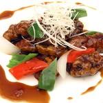 スポーティフ カフェアンドレストラン - 鎮江産黒酢を使った酢豚