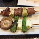かしら屋 - ハツ140円&野菜焼き160円
