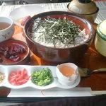萬波  MANPA RESORT - 料理写真:しらす丼