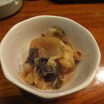 ずぼら - 本日のお通し(白菜と揚げの煮びたし)