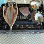 漁港食堂 だいぼ - 鯵.ハマグリ.サザエ