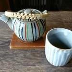 うなぎ専門店 本多 - お茶