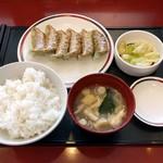 68937237 - 野菜ぎょうざ定食(480円)