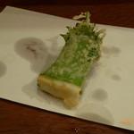 栗天 - 天ぷら:イカのシソ巻き