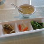 68939864 - 玉子スープと前菜