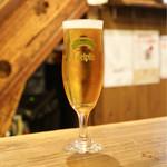 焼とんyaたゆたゆ - エーデルピルス生ビール 580円