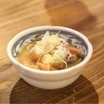 焼とんyaたゆたゆ - 至福のもつ煮込み 380円