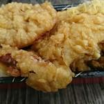 鮮魚仕出し 幾の家 - 天丼¥400- + 海老天       全部で¥500-