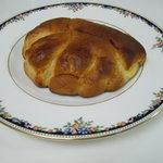 フランスヤベーカリー - クリームパン(130円)