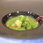 イル プロフーモ - 沖しじみのミネストラ 春野菜と帆立のソテーを浮かべて