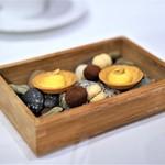 イル プロフーモ - バーチ・ディ・ダーマ 柑橘のクリームのタルト チョコ