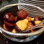 ヴェンタリオ - クッキー3種(カントリーマアムよりひと回り大きく分厚い。食感はハード)