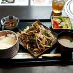 Matsunagabokujou - 焼き肉定食(1000円)