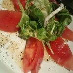 海鮮もんじゃ うづまさ - トマトサラダ