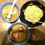 六厘舎 TOKYO - つけめん(+サービスの、子ども用のつけ汁)