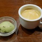 自然派ワインとナチュラルイタリアン SOYA銀座 - キュウイのシャーベット、コーヒー