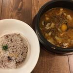 Spice&Sweets KAJU - キーマスープカレー+トッピング2種類+十穀米