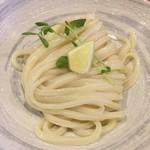 谷や 和 - ぶっかけうどんの麺(中盛り)(アップ)