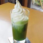 茶寮 煉 - 抹茶フロート