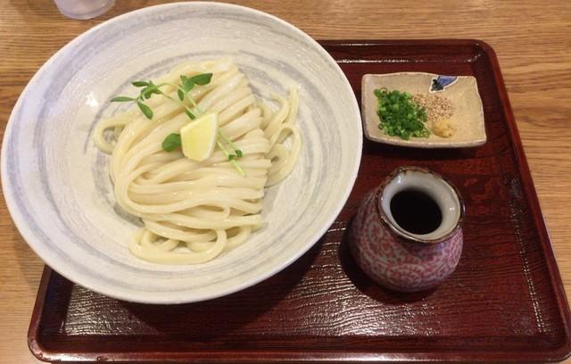 谷や 和(kazu)>