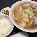 喜多方ラーメン坂内 -