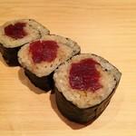 鮨 さかい - 鮪赤身の鉄火巻